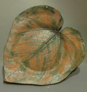 talerz duży liść matowy